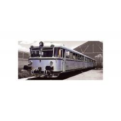 "RENFE, 3-unit diesel railcar ""Ferrobus"", class 591.300, original livery, period III, Analogic - Electrotren E3621"